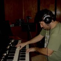Dave Lieb: Wurlitzer, Hammond B3 and Piano